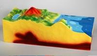 Коллекции,  модели Модель Строение вулкана (малая)