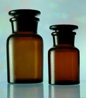 Посуда химическая Склянка для реактивов из темного стекла с широкой горловиной и притертой пробкой